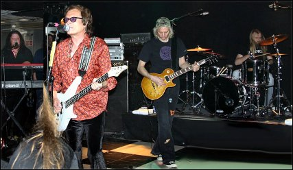 Glenn & Band during Rock The Boat - 2006