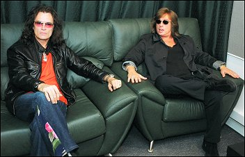 Glenn and Joe Lynn Turner relaxing in a Moscow recording studio - 2004